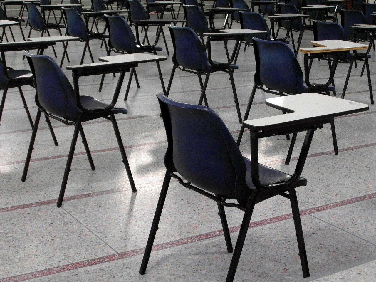 Students stand up for cancellation of exams, demand new ones